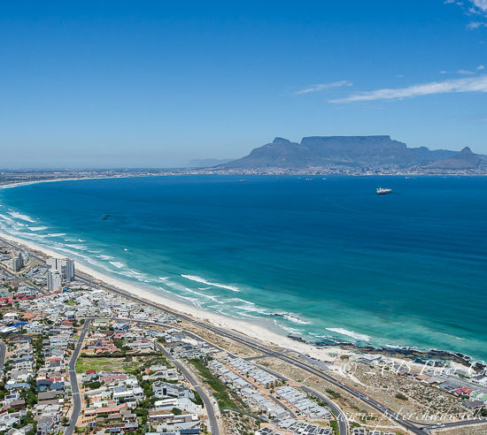 Blouberg Strand and Table Mountain